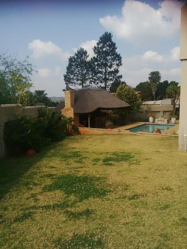 Property For Rent in Little Falls, Roodepoort 30