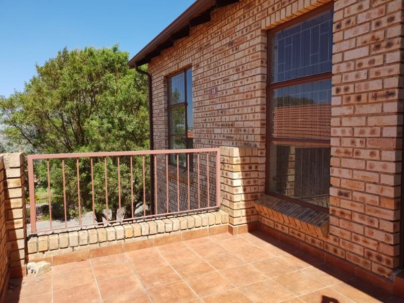 Property For Rent in Ruimsig, Roodepoort 7