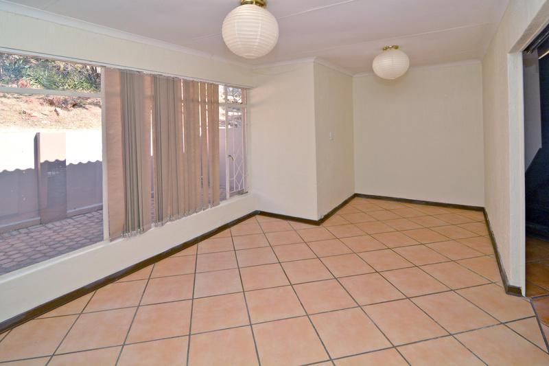 Property For Sale in Helderkruin, Roodepoort 17