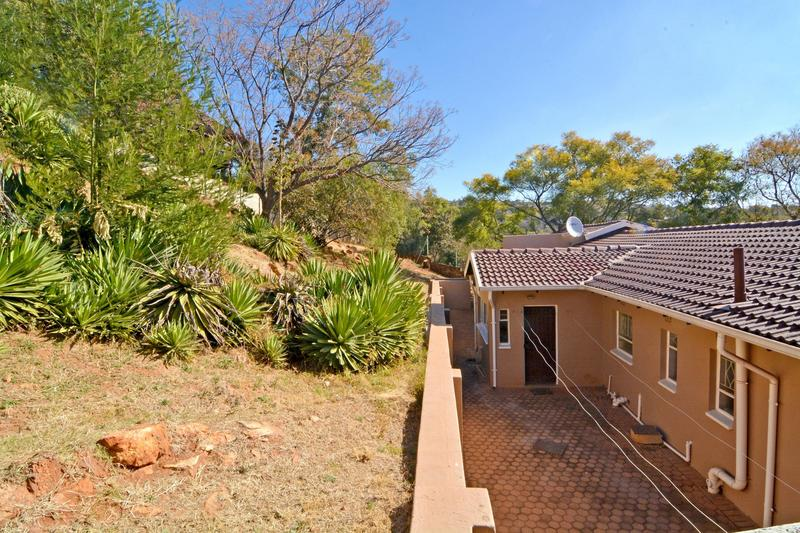Property For Sale in Helderkruin, Roodepoort 36