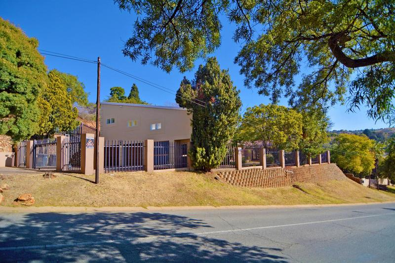Property For Sale in Helderkruin, Roodepoort 34