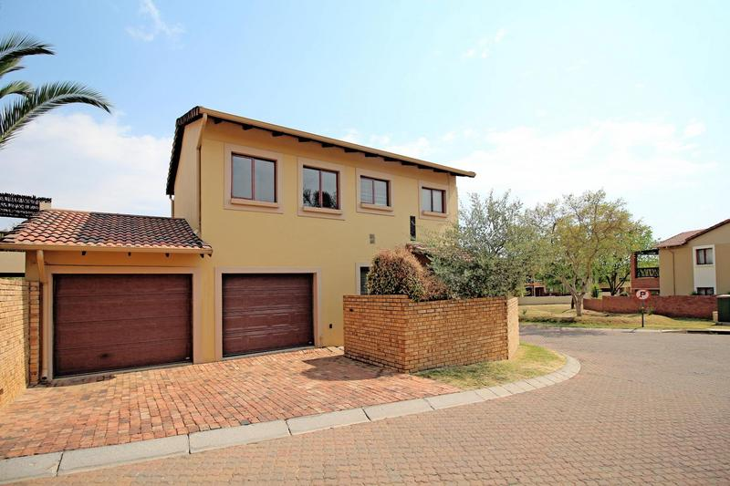 Property For Sale in Willowbrook, Roodepoort 4