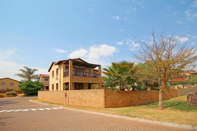 Property For Sale in Willowbrook, Roodepoort 5