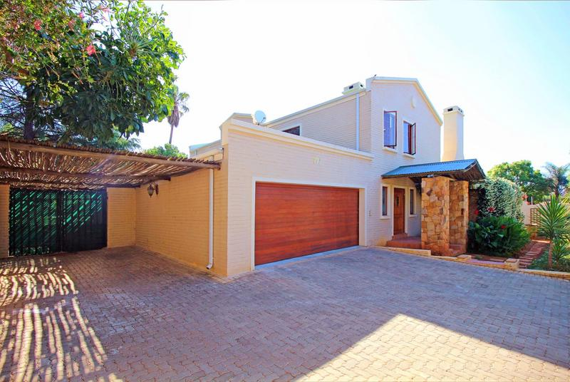 Property For Sale in Little Falls, Roodepoort 3