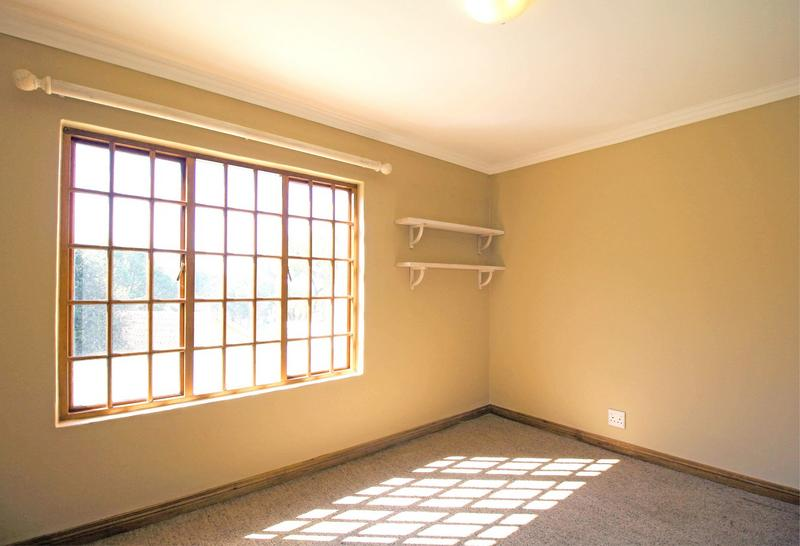 Property For Sale in Little Falls, Roodepoort 23