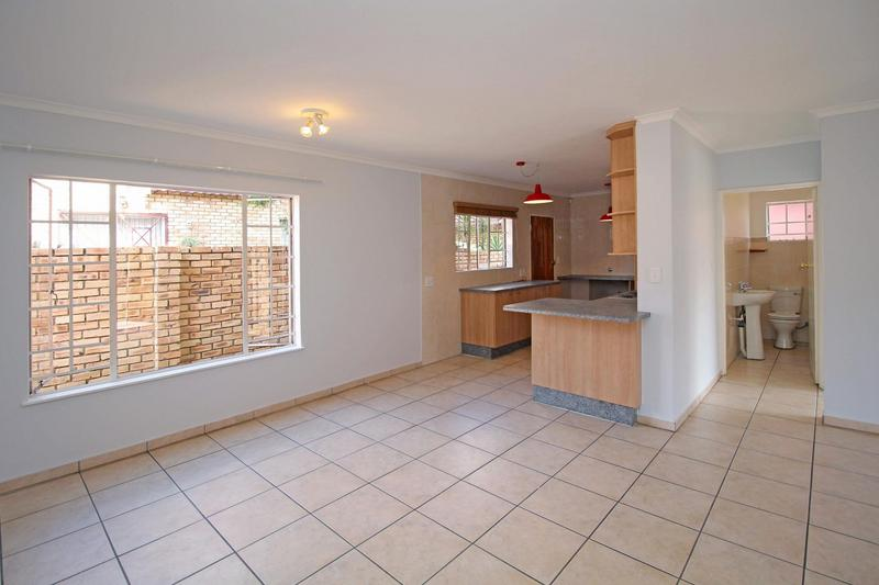 Property For Sale in Willowbrook, Roodepoort 10