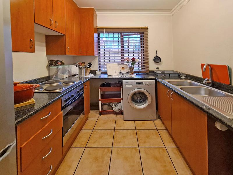 Property For Sale in Ruimsig, Roodepoort 3